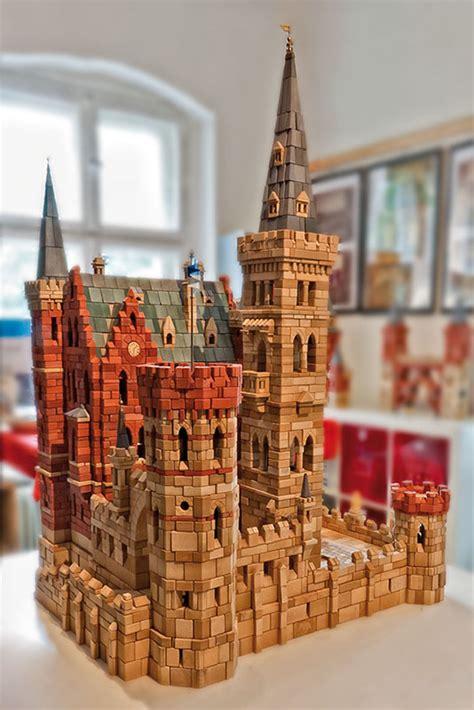 Das Gotische Haus In Der Spandauer Altstadt  Unterwegs In
