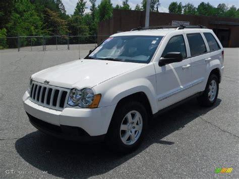 white jeep grand cherokee 2010 stone white jeep grand cherokee laredo 31038539