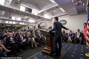 White House communication chief already at the mic for ...