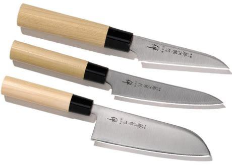 choisir couteau cuisine set de 3 couteaux de cuisine japonais tojiro quot forme