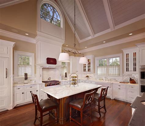 High Vaulted Ceiling Kitchen Diner With Brown Hardwood