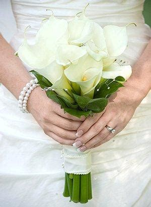 wedding bouquets calla lilies pictures of calla bridal bouquets lovetoknow 8498
