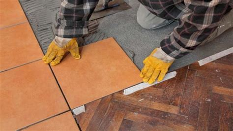 le truc pour r 233 ussir la pose de c 233 ramique au plancher