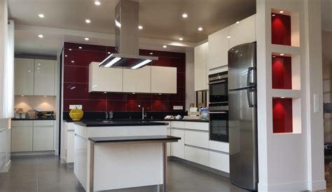 modele de cuisine moderne avec ilot cuisine moderne avec îlot modèle sensations