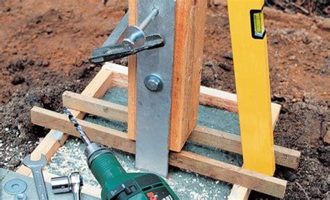 poteau bois 15x15 sceller des poteaux de bois