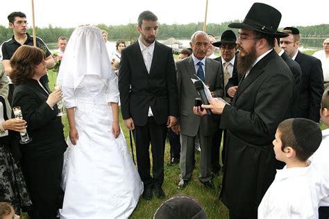 Jewish Wedding : Jewish Life-cycles