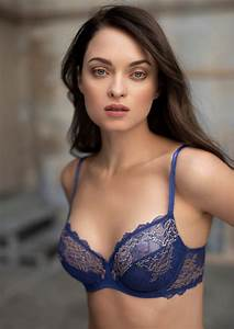 Wacoal Lace Perfection Average Wire Bra In Sapphire