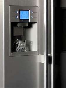 Kuhlschrank mit eiswurfelbereiter wasserspender for Kühlschrank eiswürfelbereiter