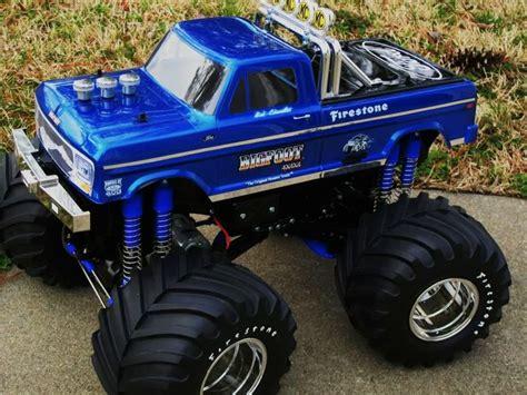 bigfoot rc monster truck clodbuster bigfoot clodbuster agrios juggernaut summit