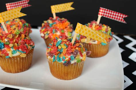topping ideas for cupcakes decorate fruity pebbles cupcake topping unusually lovely