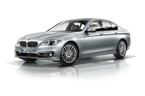 buy car manuals 2012 bmw 5 series windshield wipe control bmw 5 series 2013 range updates carbuyer