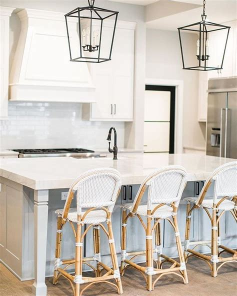 amazing kitchen countertop trends design  small space