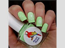 Matching Manicures Green nails MoYou London Pro XL 06