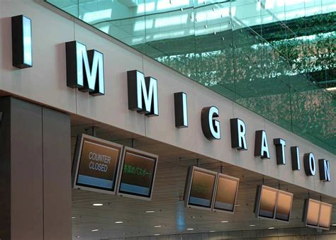 dubai airport immigration   complicated