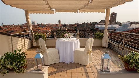 Dining At L'alcova-rooftop Terrace Venice Hotel-ca