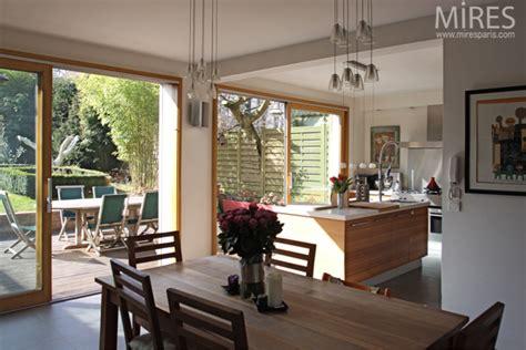 cuisine ouverte sur salle a manger amenagement salon salle a manger estein design
