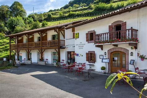 chambres hotes pays basque hôtel restaurant erreguina site officiel meilleur prix