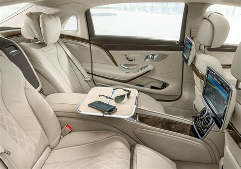 interieur de voiture de luxe mercedes maybach s500 priced at 134 053 s600 is 187 841 in germany autoevolution