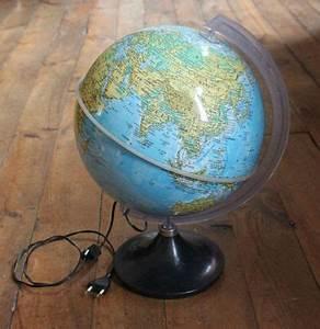 Lampe Globe Terrestre : 1 globe terrestre vintage vie d 39 puce ~ Teatrodelosmanantiales.com Idées de Décoration