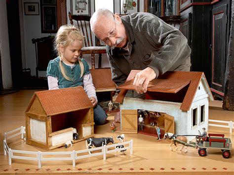 spielzeug selber bauen holz nostalgischer bauernhof im kinderzimmer selber machen heimwerkermagazin