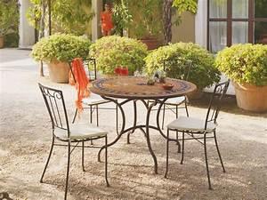Table Mosaique Fer Forgé : fauteuil et table de jardin savourer la brise en mode ~ Dailycaller-alerts.com Idées de Décoration