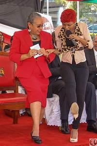 Size 8 Teaches The 1st Lady Margaret Kenyatta How To Dance ...