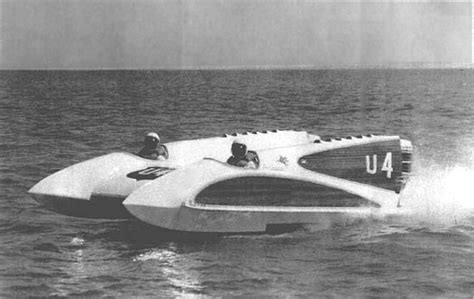 Boat Hull History by History Of Tunnel Boat Design And Powerboats