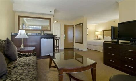 Things To Do In Raleigh Nc  Hotel, Restaurants & Shopping