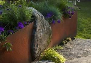 Bordure De Jardin Metal : utiliser la peinture effet rouill pour sublimer son jardin ~ Dailycaller-alerts.com Idées de Décoration