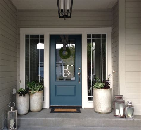 Beige House With Blue Shutters Best Color To Paint Front