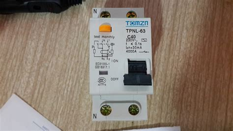 solucionado como calibrar sensibilidad de un disyuntor tomzn tpnl 63 electricidad del hogar