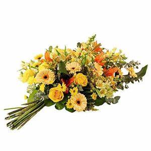 Slection De Fleurs De Deuil Gerbes Main Pour Obsques