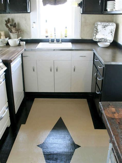 painted linoleum kitchen floor best 25 paint linoleum ideas on painting 3995