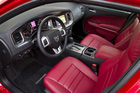 Dodge Charger 2011 Interior by 2011 Dodge Charger Review Specs Interior