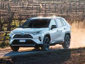 4x4 Toyota Hybride : essai suv toyota rav4 2019 plus muscl mais plus sobre aussi challenges ~ Maxctalentgroup.com Avis de Voitures