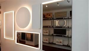 Spiegel An Der Wand Befestigen : infrarotheizung als deckenheizung mit licht led beleuchtung infrarotarena ~ Markanthonyermac.com Haus und Dekorationen