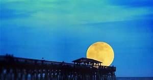 Entfernung Erde Mond Berechnen : mondt uschung ist der mond bei mondaufgang gr er ~ Themetempest.com Abrechnung