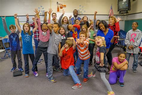 jhs theatre visits drama club maple elementary school