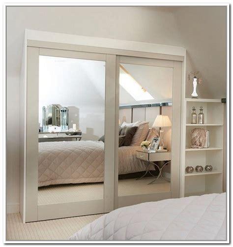 mirrored sliding closet doors ideas  pinterest