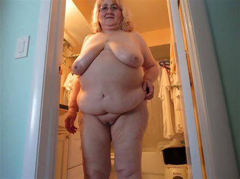 Showing Porn Images For Zb Granny Beach Porn