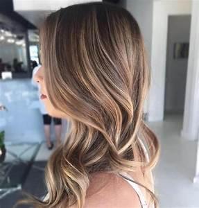 Hellbraune Haare Mit Blonden Strähnen : balayage braun vs balayage blond die gro e haarfarben frage ~ Frokenaadalensverden.com Haus und Dekorationen