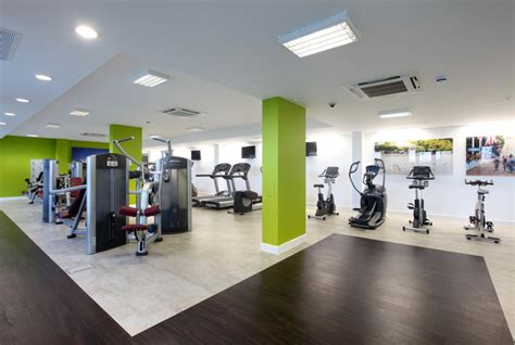 Gym Interior : Really Cool Gym Interior Design Pictures With White Walls