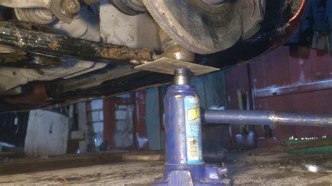Замена подвесного подшипника вала привода на Форд Фокус 2
