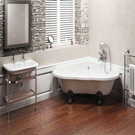 Free Standing Whirlpool Tubs by Free Standing Corner Bath Corner Whirlpool Tub Tile