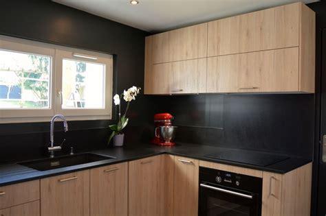 cuisine bois et noir davaus cuisine moderne noir et bois avec des idées