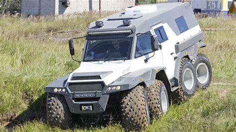Russia's Crackers Eight-wheeled Avtoros