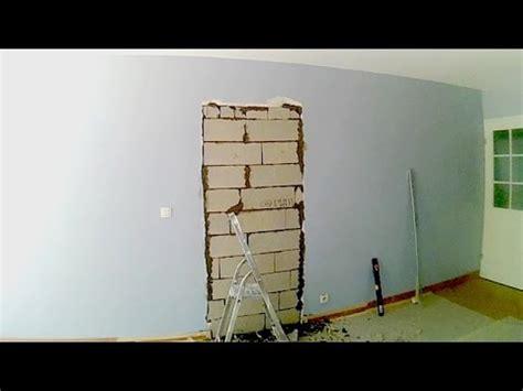 condamner une porte et reboucher le mur