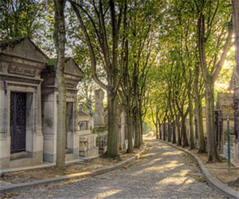 Pere Lachaise Hours by Pere Lachaise Cemetery Paris Opening Hours History And