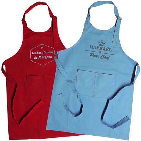 tablier cuisine original tablier enfant brodé label une idée de cadeau original