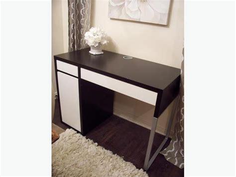 ikea black and white desk ikea black and white computer desk in great condition